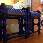 Kursi Bar yang terbuat dari pipa Wavin Black