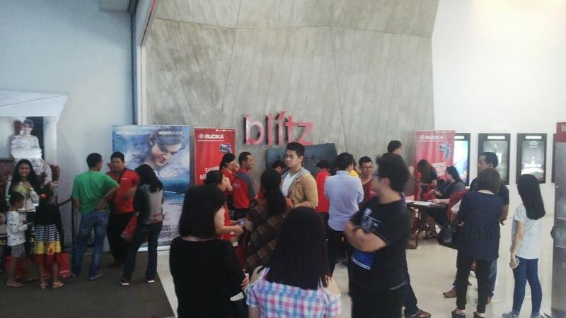 Suasan di Lobby Bioskop Nobar Rucika & DBO