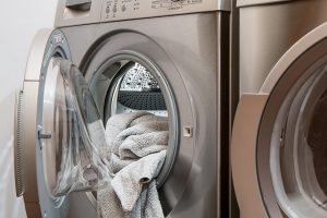 pastikan mesin cuci terisi penuh
