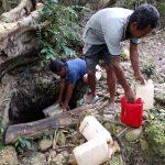 distribusi air dari embung ke desa melalui daerah yang berbukit - rucika