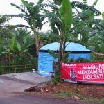 membangun Saluran Air Bersih